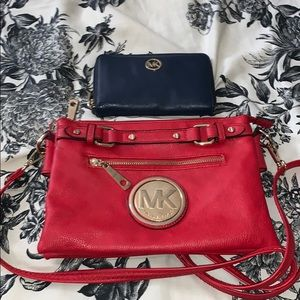 Michael Kors Purse/Wristlet